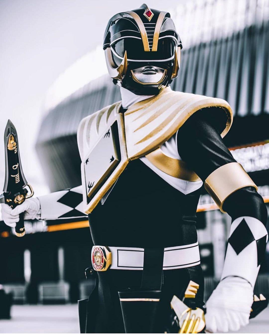 Azael Garcia Salas Mr Azlo On Instagram Legendary Mastodon Black Ranger Helmet Made By Us Thank You So Mu Power Ranger Black Power Rangers Helmet Ranger
