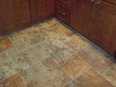 Clic 18x18 Sedona Slate Cedar Glazed Porcelain Floor Tile