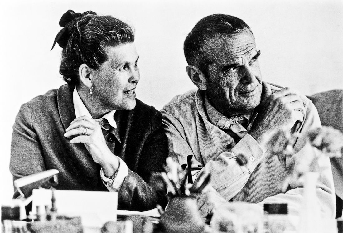 best images about charles ray eames eero 17 best images about charles ray eames eero saarinen armchairs and george nelson