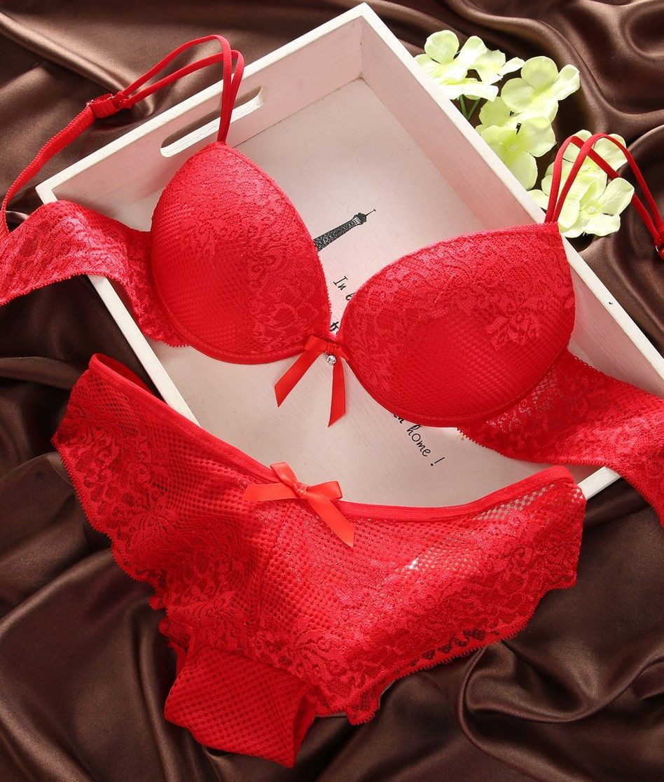 0b47a78062 Sexy Push Up Lace Bra and Thong Sets Size 32B or C   36B or C hOTT MAMA RED Bra  Set Floral Embroidery Decoration Womens Underwear Sets 100% New with High  ...