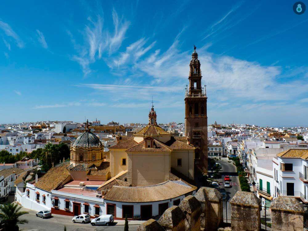 Iglesia de San Pedro y Giraldilla en Carmona, Sevilla