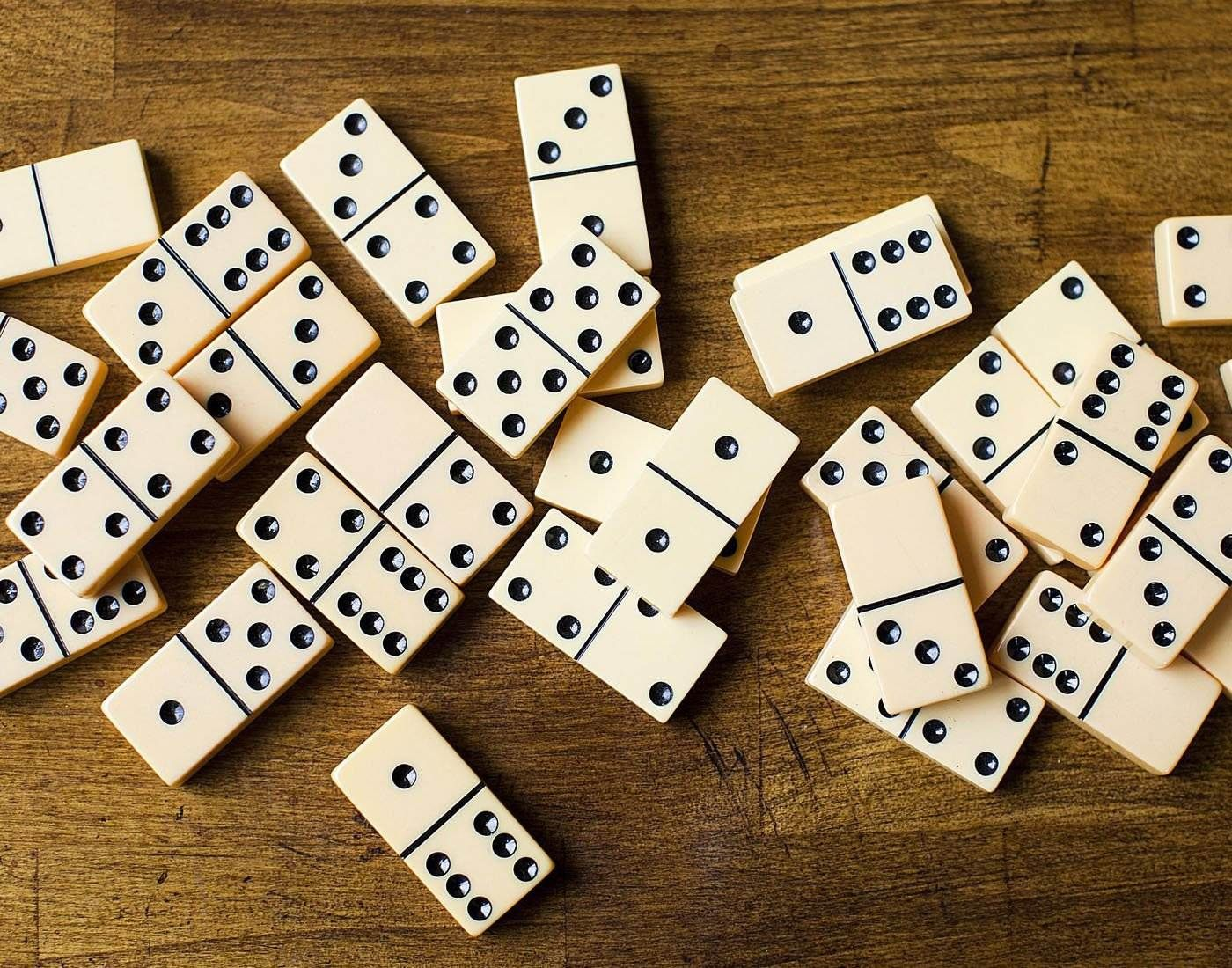 History of dominoes how to play dominoes basic rules