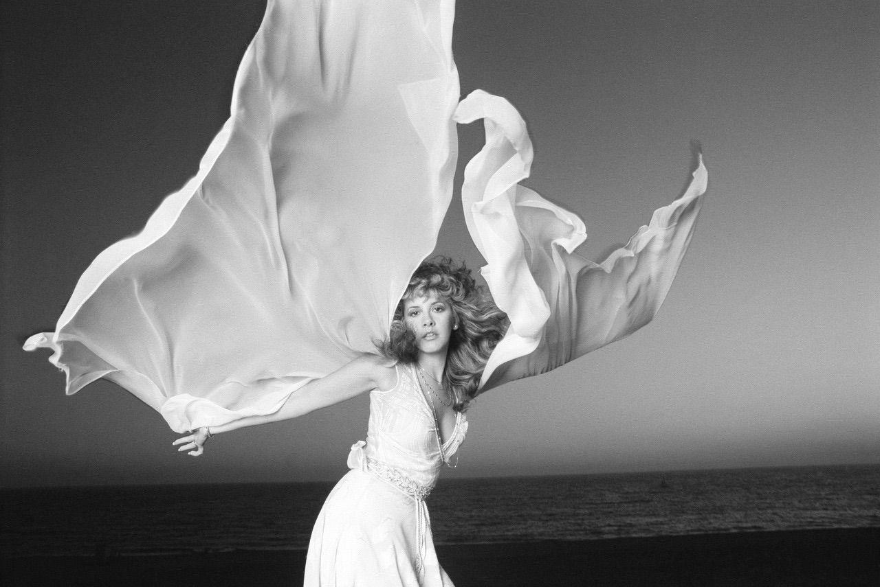 Pin By Stephanie Piercy On Stevie Stevie Nicks Stevie Nicks Fleetwood Mac Stevie [ 855 x 1280 Pixel ]