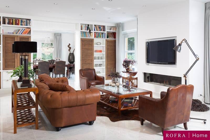landelijk klassieke woonkamer ge bineerd met moderne details