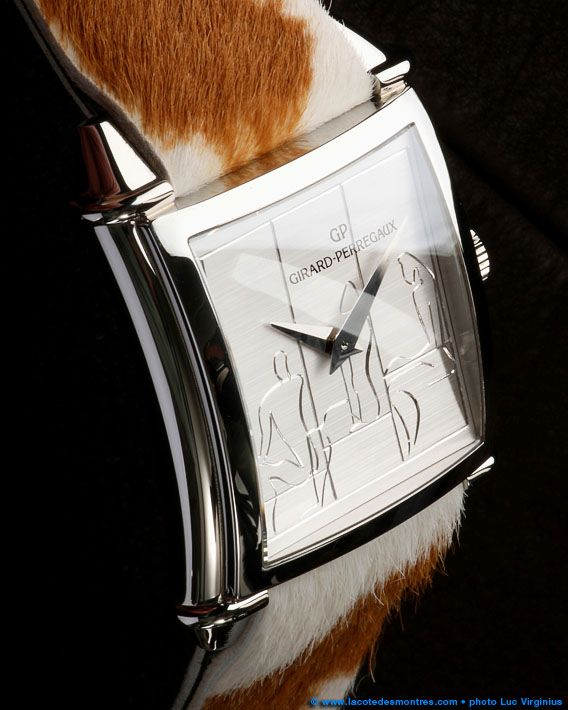 La Cote des Montres : Shooting de la montre Girard-Perregaux Vintage 1945 Le…