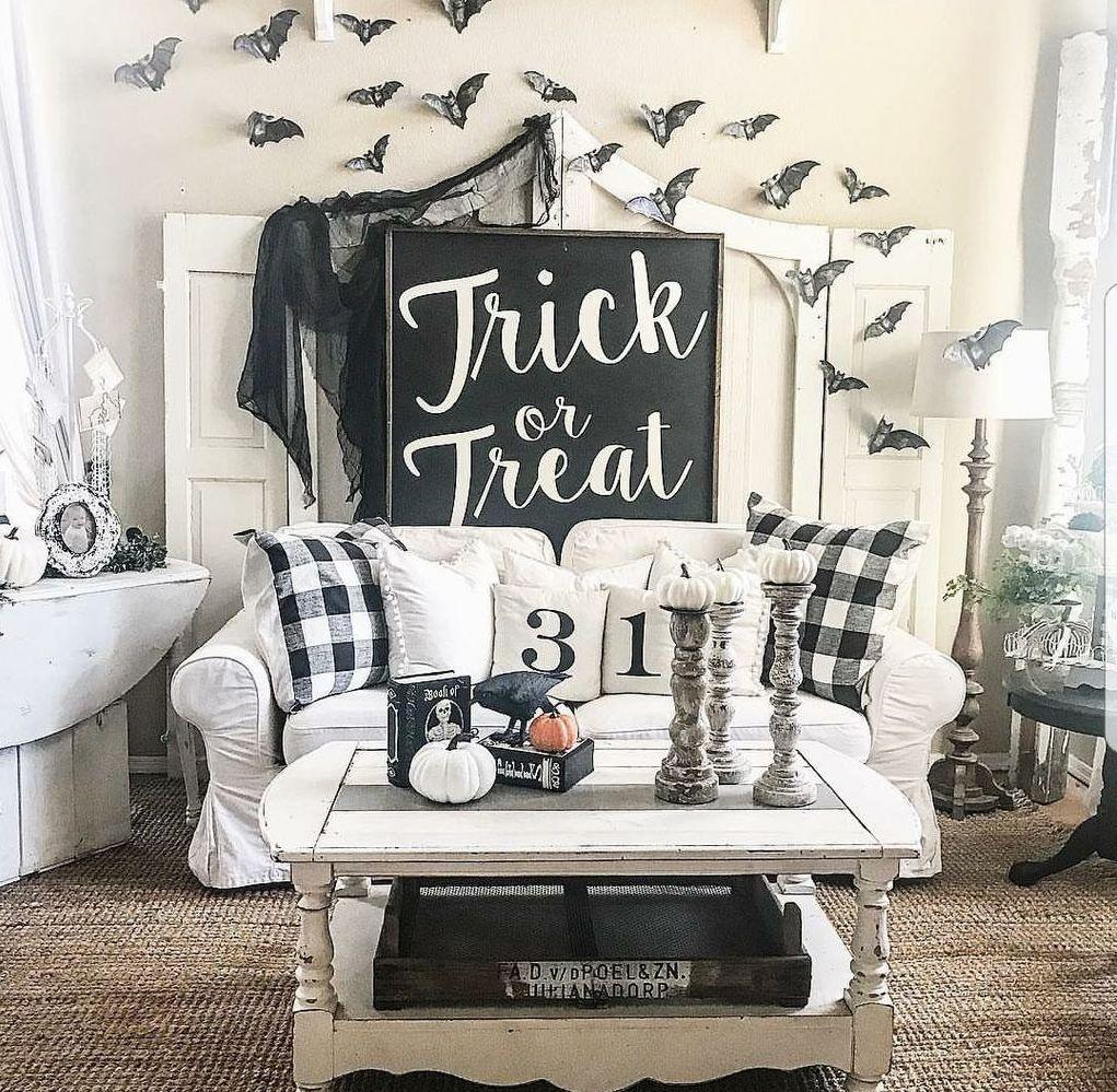 55 Gorgeous Halloween Living Room Decor Ideas Halloween Living Room Halloween Home Decor Fall Halloween Decor