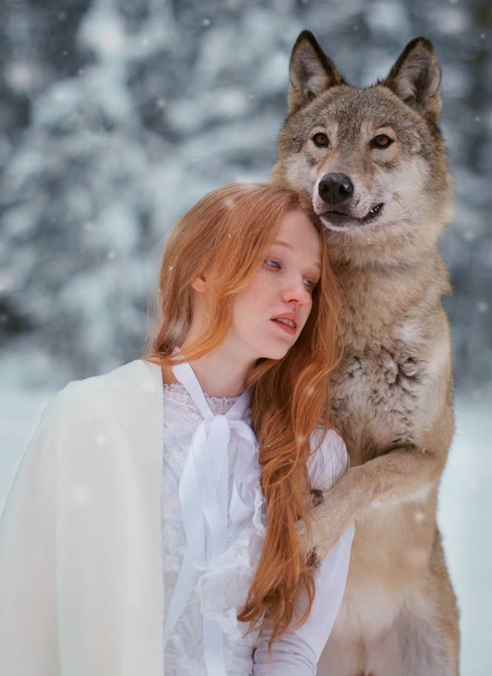 Dreamy Portraits Of Women Living In Harmony With Wild Animals - Russian photographer takes enchanting fairytale photos featuring wild animals