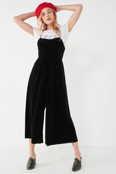 8c3a00c32f2 UO Emmabella Velvet Straight-Neck Jumpsuit