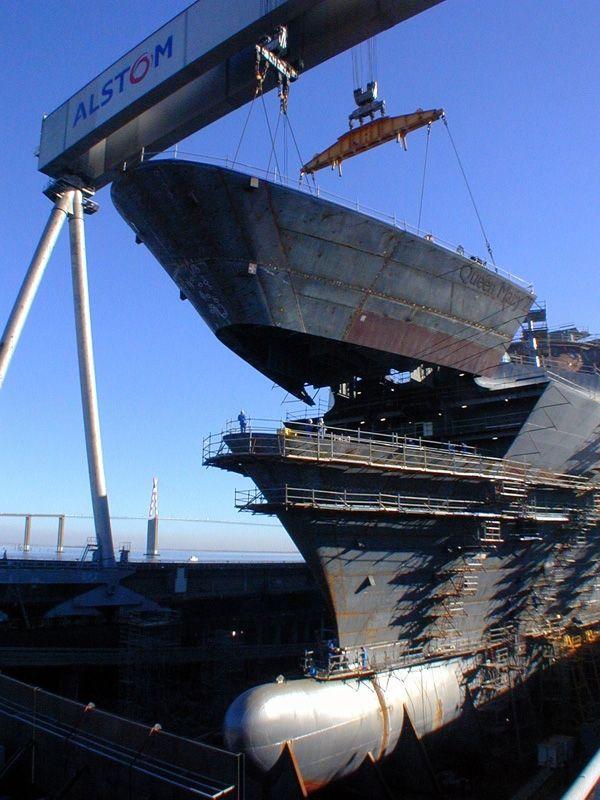 Imagen del día: Queen Mary 2 durante su construcción en ...