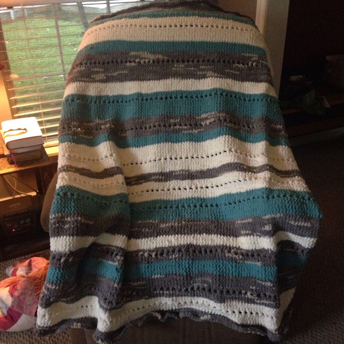 Loom knit blanket   Loom knitting, Knitted blankets, Loom ...