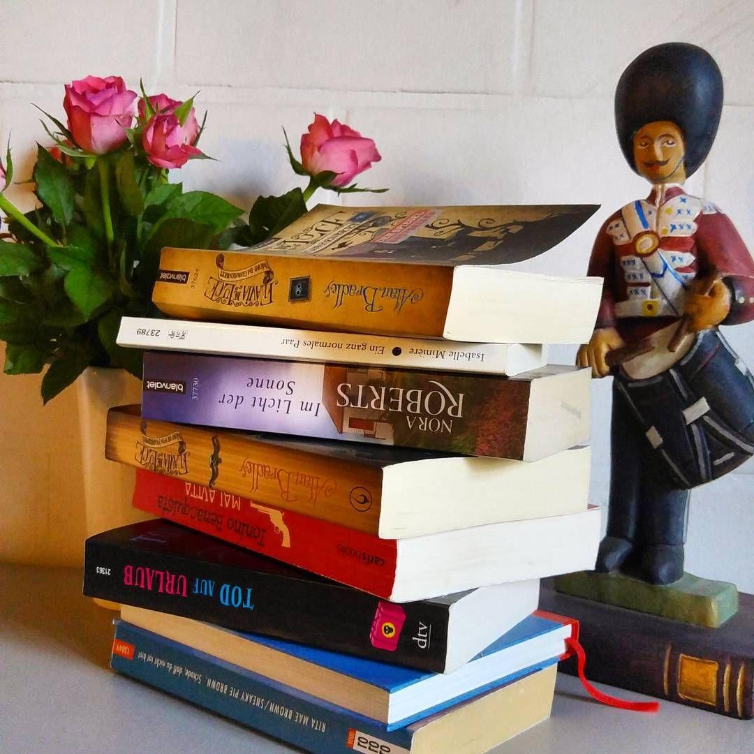 """""""Welcome back. Ich verleihe Bücher nur an meine Schwester, weil sie bei ihr gut behandelt werden und ich sie garantiert wieder bekomme. Verleiht Ihr Eure…"""""""