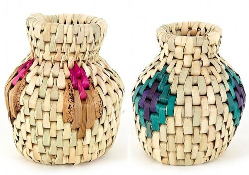 Love these woven baskets from Serena & Lily.  What a great way to add texture and color to a room.