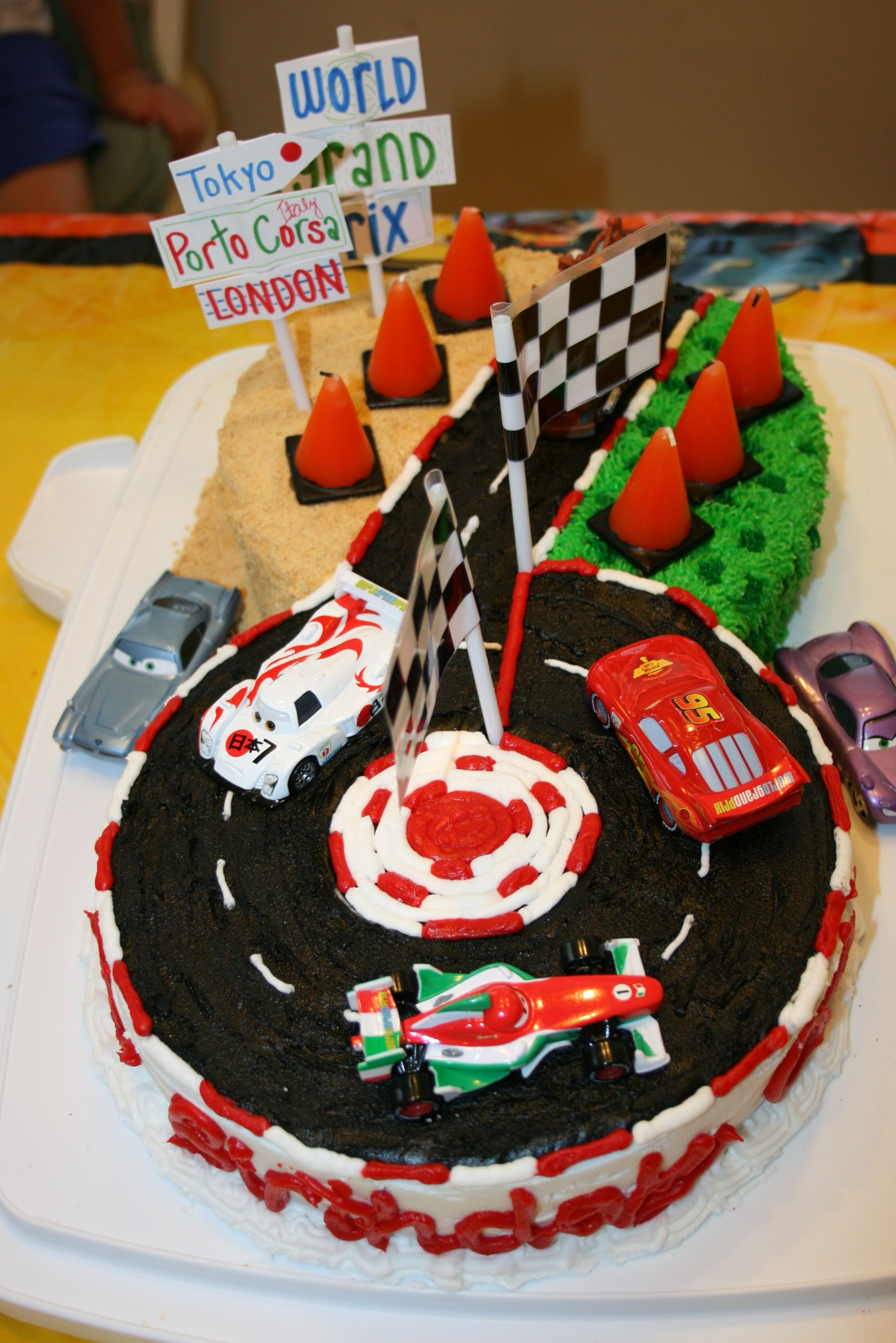 Enjoyable Cars 2 Lightning Mcqueen Cake Olivers 6Th Birthday Made By Personalised Birthday Cards Veneteletsinfo