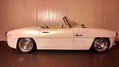 Bratz Pearl White Convertible Remote Control Car FM Radio Head Taillights | eBay