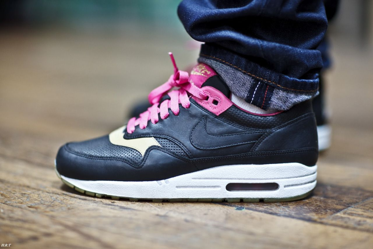 sweetsoles: Nike Air Max 1 Kid Robot (by Haroun Tazieff