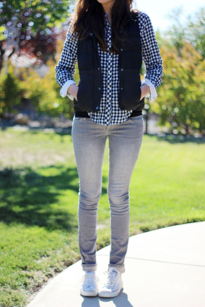 GREY JEANS AND CHECKS