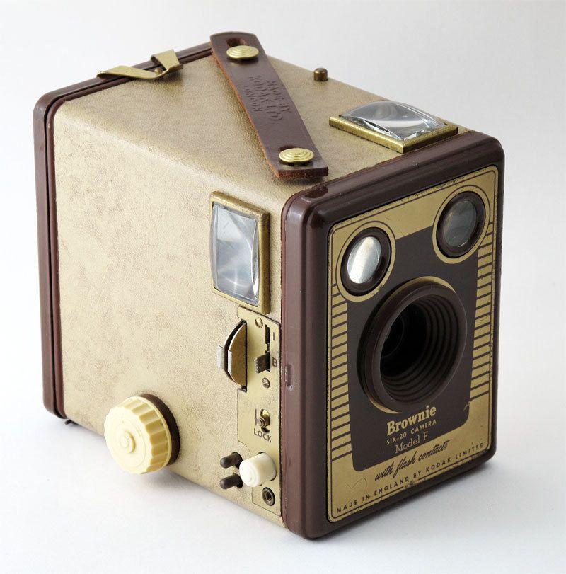 Antique Cameras - Pocket Kodak c.1895 - First model Pocket ...  |Old Camera Film Roll Boxes