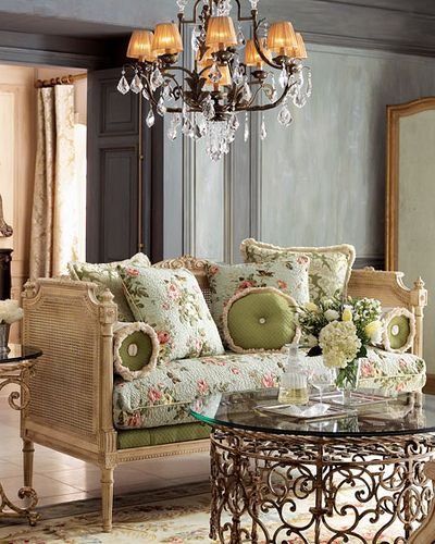 inspired chic furniture, love!