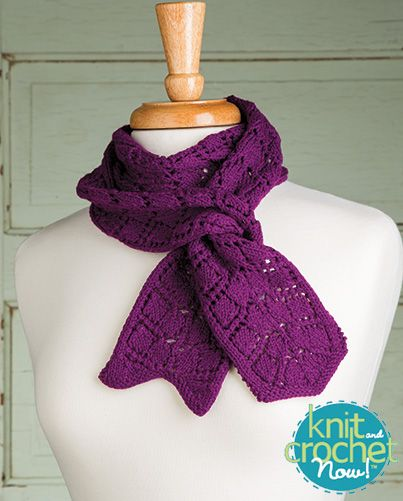 Free French Quarter Scarf Knit Pattern Download -- Designed by Sandi Rosner for Kolláge Yarns. Featured in Season 5, episode 502, of Knit and Crochet Now! TV. Download here: https://www.anniescatalog.com/knitandcrochetnow/patterns/detail.html?pattern_id=13
