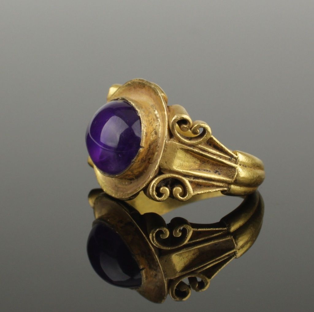 Ancient Roman Rings ancient roman gold and amethyst ring, dated to the 2nd
