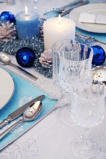 Christmas table setting white and ice blue