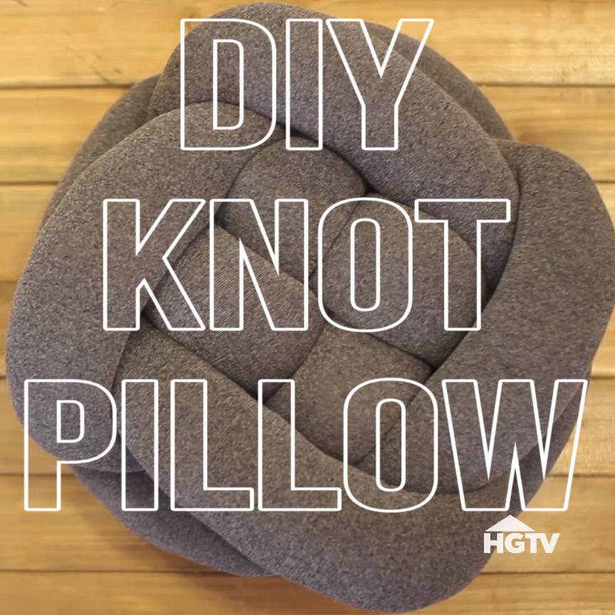 Easy DIY Knot Pillow | أشغال يدويه مع شمس محمد على | Pinterest ...