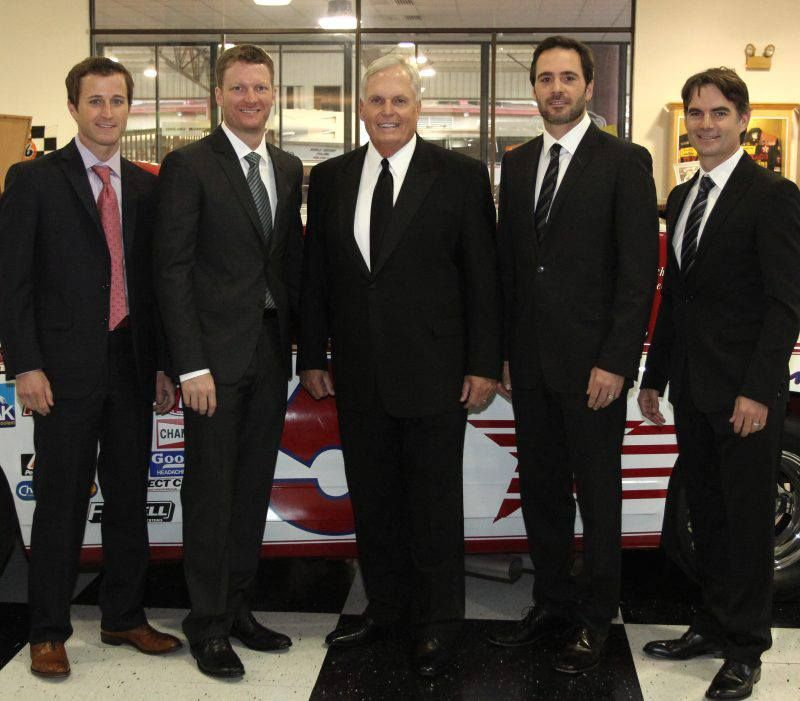 Team Hendrick....Kasey Kahne, Dale Jr, Rick Hendrick, Jimmie Johnson and JEFF GORDON!!!!!!