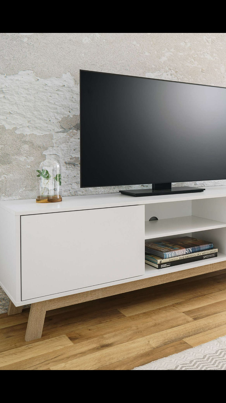 Pin By Fedoua On Meubles Electronic Products Flatscreen Tv Flat Screen