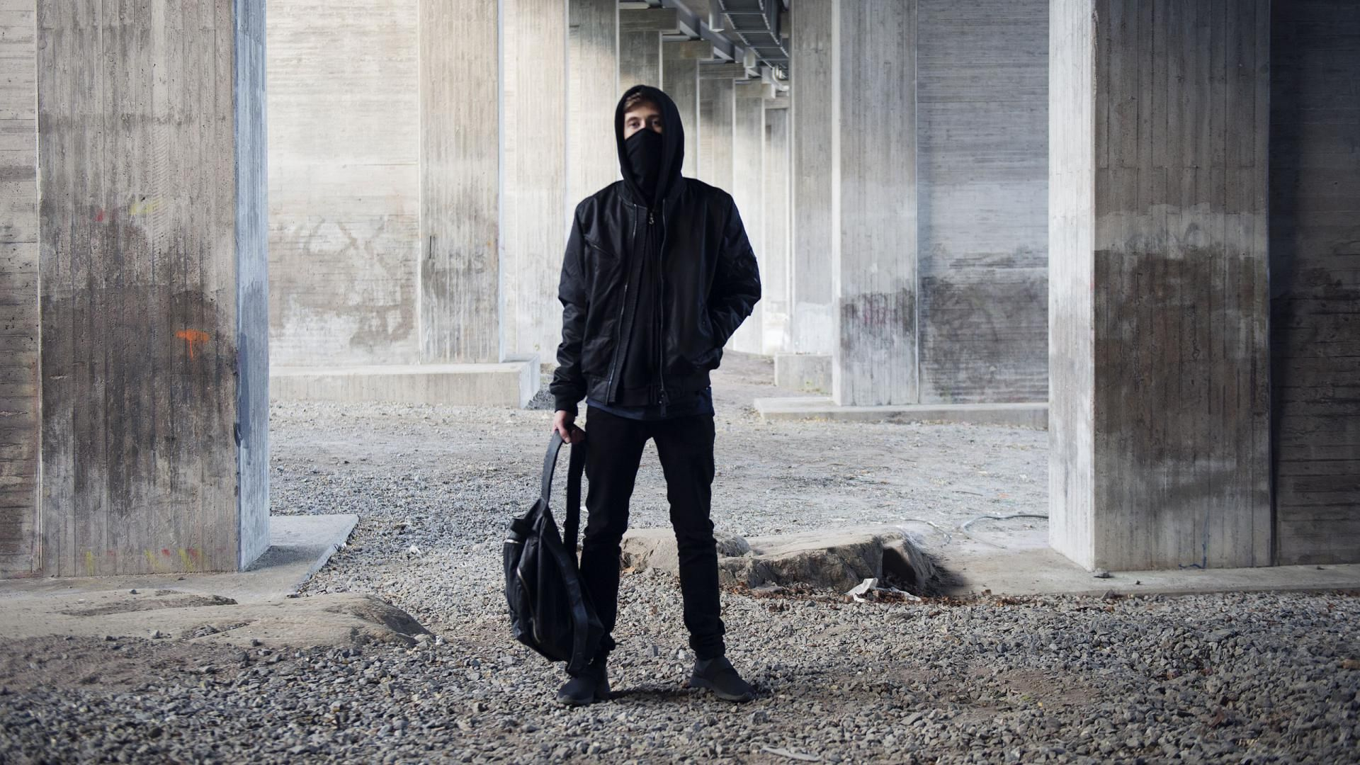Wallpaper iphone alan walker - Alan Walker Face And Full Body Wallpaper Hd Wallpapers For Free