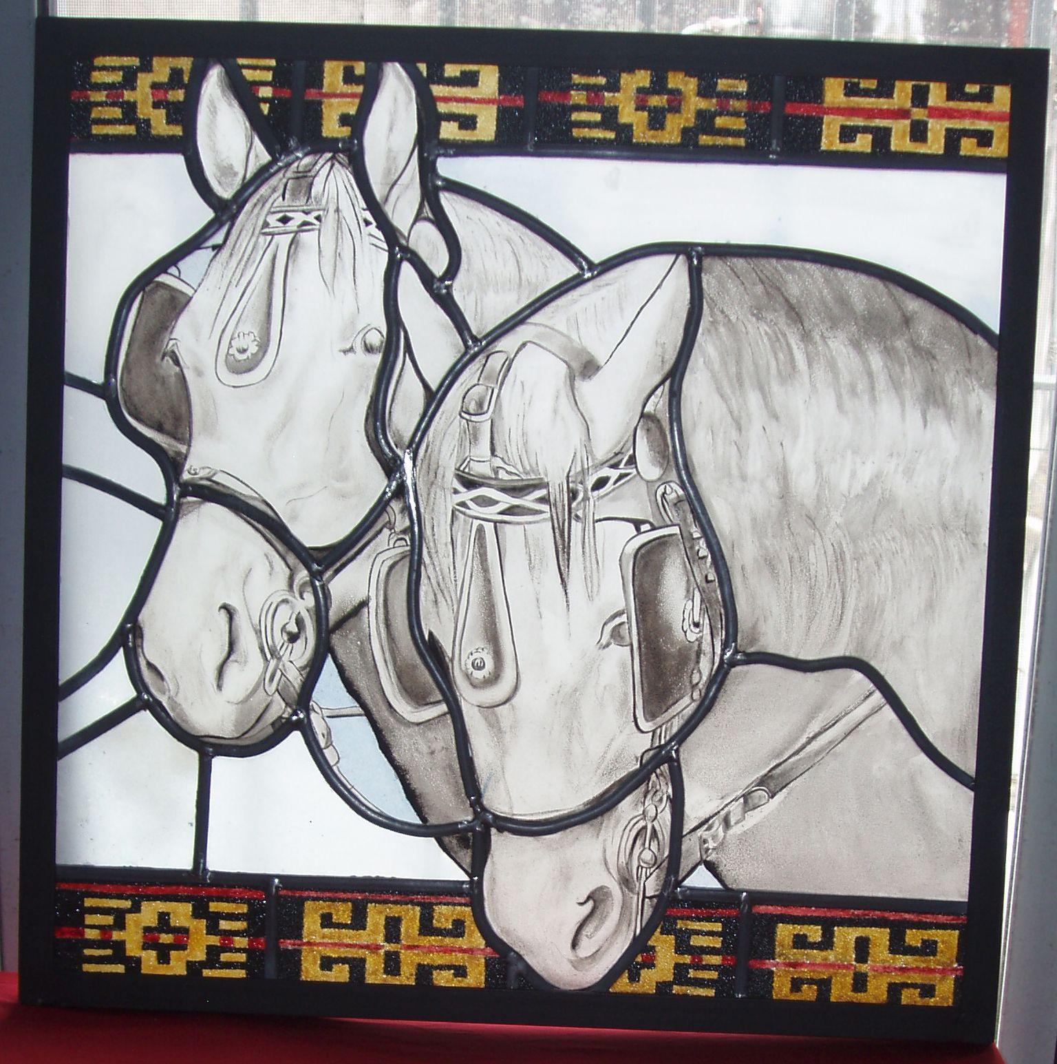Vitral de 50 x 50 cm en marco de hierro. Todos los vidrios pintados ...