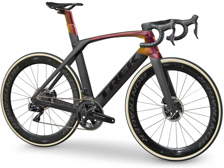 Madone Slr 9 Disc Trek Bikes Gb Bikeaccessories Mensbikes Bicycleaccessories Women Sbicycles Bestroadbikes Bikecycling In 2020 Trek Road Bikes Trek Bikes Bicycle