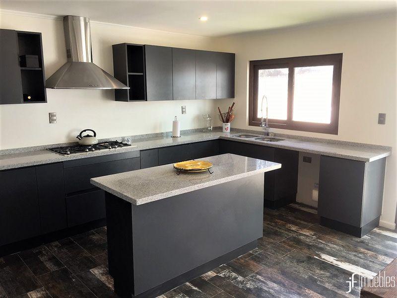 Muebles de cocina en melamina grafito de 18mm, cubierta en ...