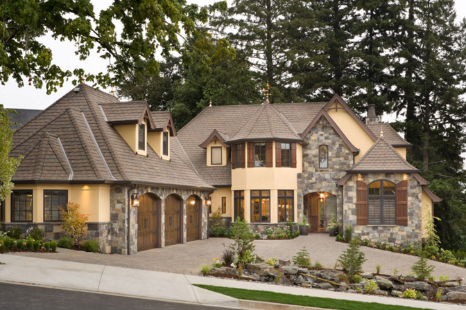 16 Beautiful Stone Stucco Homes Brick Exterior House Cottage House Plans Luxury House Plans