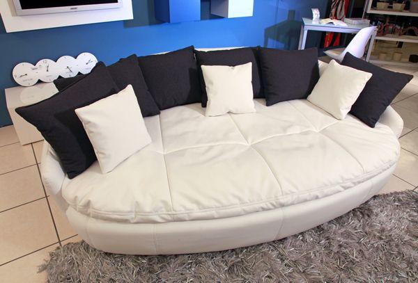 Divano Mezzaluna ~ Rimmel divano ovale dal design innovativo in ecopelle bianca