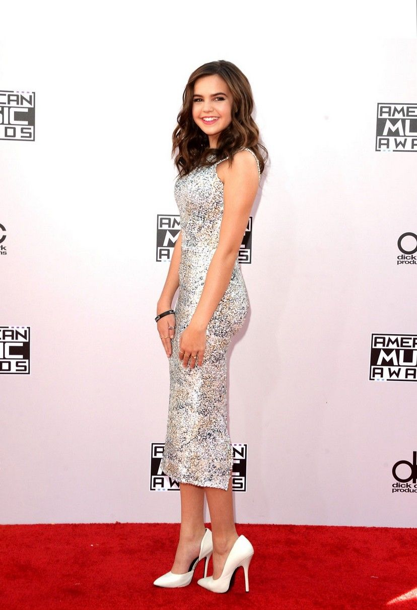 Creció la actriz Bailee Madison | American music awards, Bailee madison,  Nice dresses