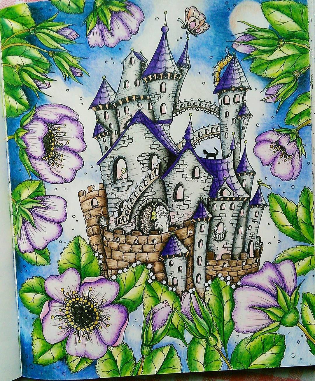 #antistress #antistresoveomalovanky #adultcoloringbook #colourbook #coloringbook #color #omalovanky #klaramarkova #carovnelahodnosti #castle #relax #kohinoor #mondeluz #pastels #wip #workisprogress #magicaldelights #magicaldelightscoloralong