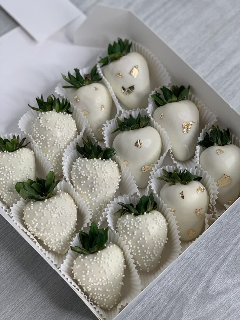 Chocolate Covered Strawberries ; Tajin Tamarindo S