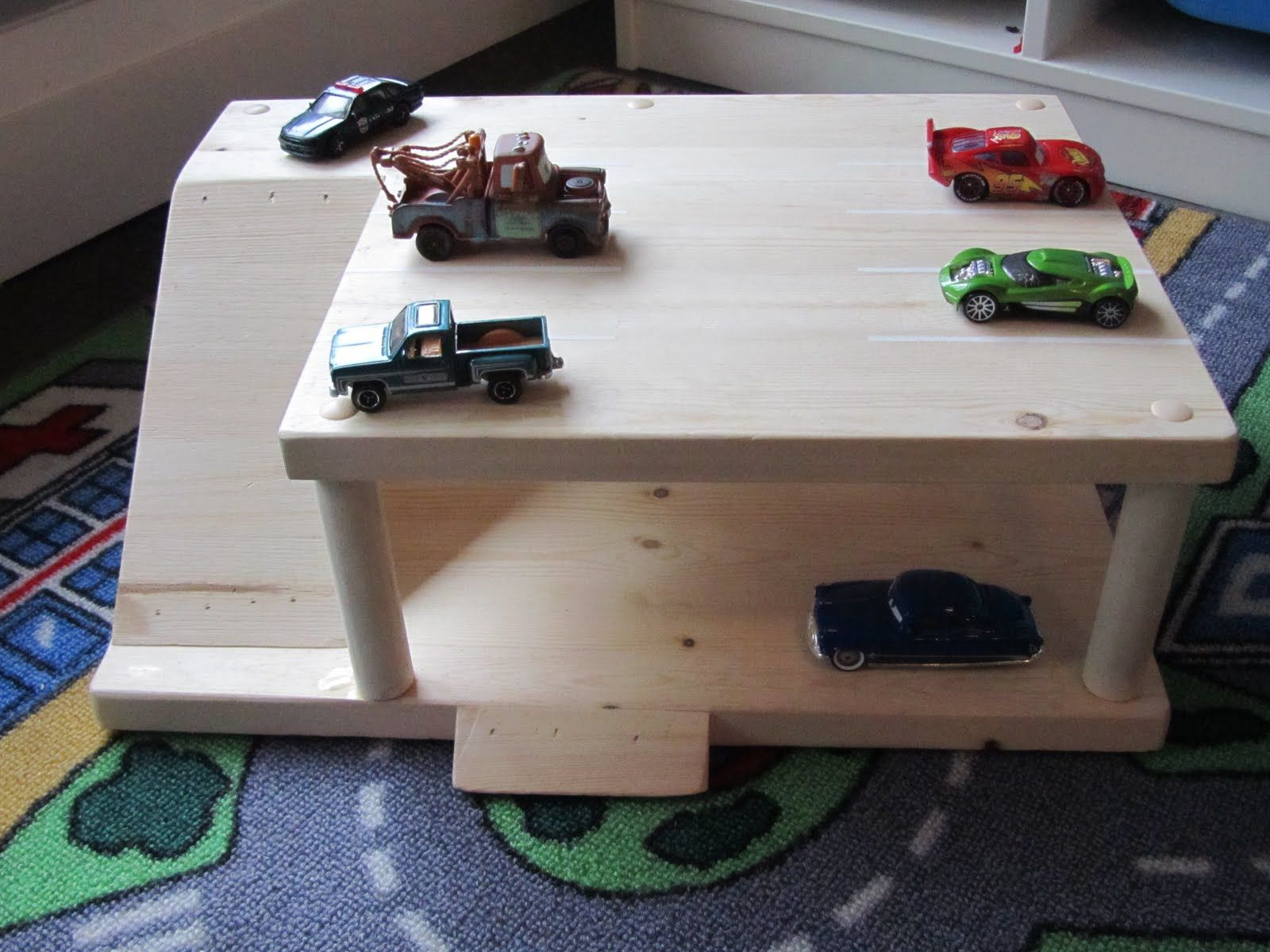 Diy Parking Garage For Kids Diy Kids Toys Toy Garage