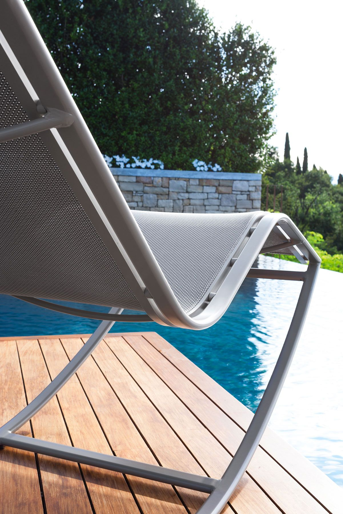 lounger rocking sunbed chair outdoor pool side garden terrace, Wohnzimmer dekoo