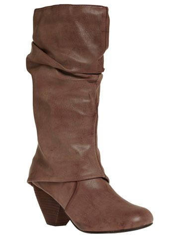 I love these. Would totally wear these with some distressed jeans and a t-shirt