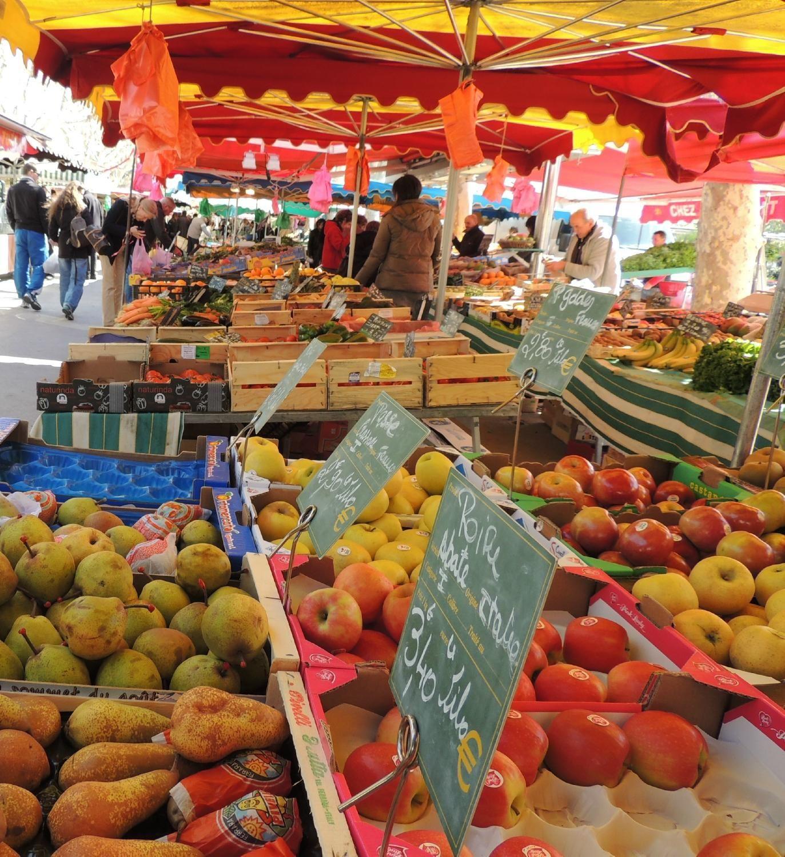 Grand Marche De Sanary Sur Mer Market Sanary Sur Mer France
