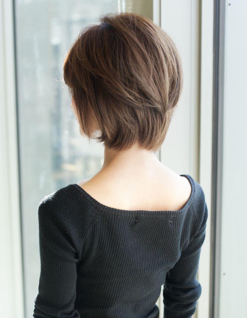 大人 ミセスのボリュームショートの髪型 Yr 453 ヘアカタログ