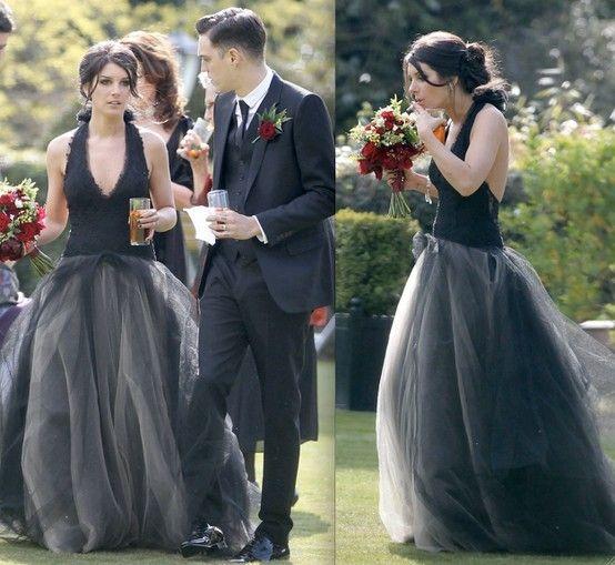 90210 Star Shenae Grimes In Her Amazing Vera Wang Black Wedding Dress Celebrity Wedding Dresses Wedding Dresses Black Wedding Dresses