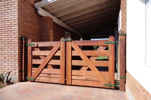 Portones de madera buscar con google portones for Puertas y portones de madera