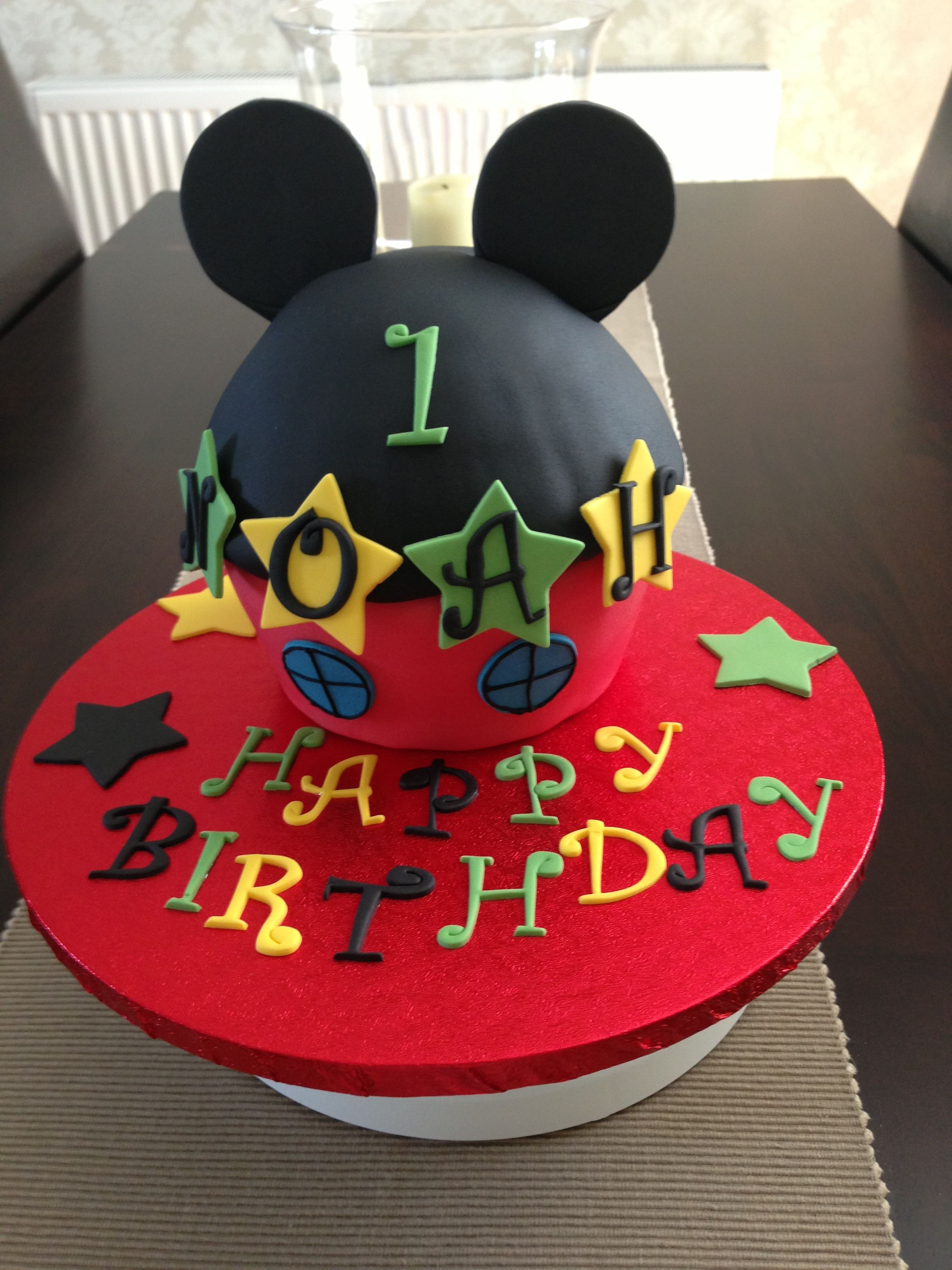 Mickey Mouse club house giant cupcake