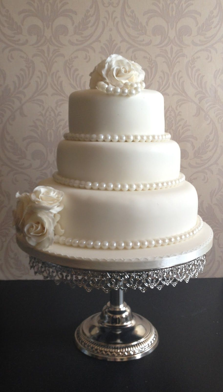 wedding cakes with roses and pearls wedding cakes with pearls this wedding cake was an 26108
