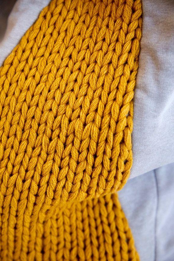 Basket PENS hamper / storage knit made of lambs wool by hjartslag