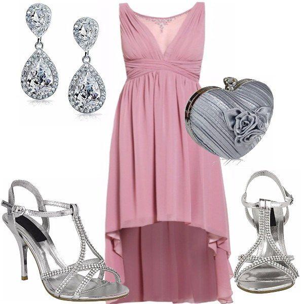 f0f7e7dc6b1f Un abito asimmetrico in color rosa quartz per la tua occasione speciale,  fascia il seno