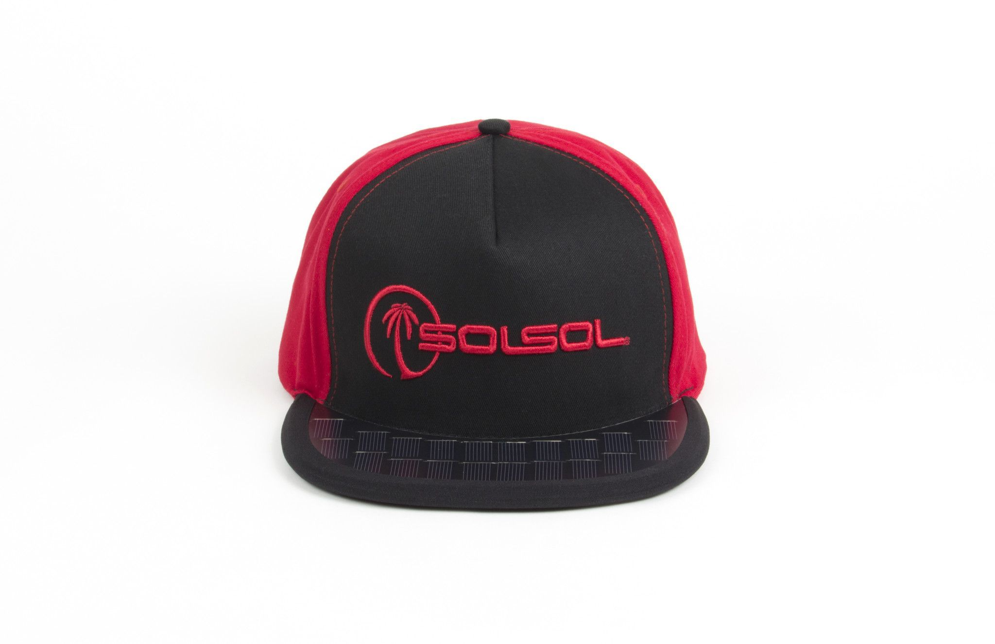 Solsol 5 Panel Snapback Flat Brim Solar Charger Hat In Black Red New Innovative Wearable Technology It S An Smartphone Charger Black And Red Iphone Charger