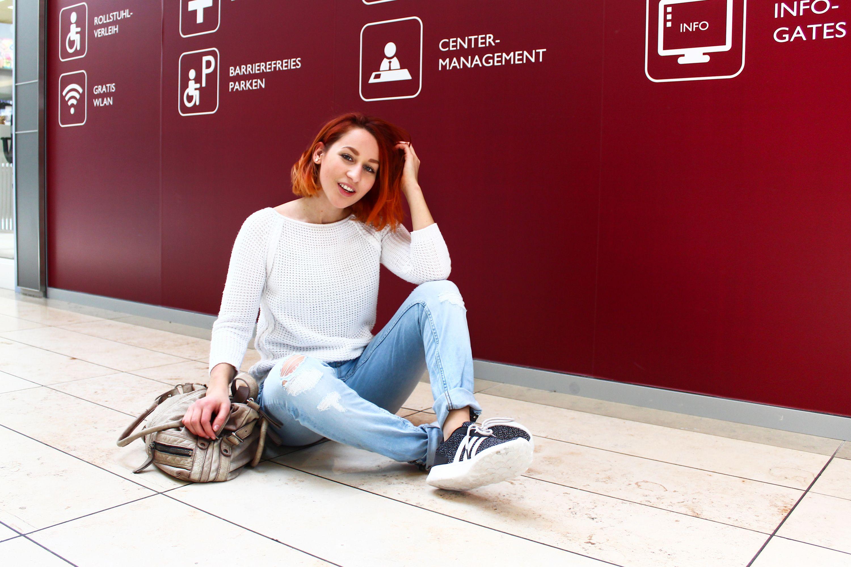 Bloggerin Amelie In Denim Und Sneakern Perfekt Fur Den Fruhling Thiergalerie Ameliesbloggerland Fashion Dortmund Trending Dortmund Instagram